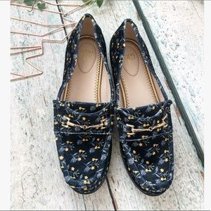 New Cabi 7M Carnaby loafers velvet navy floral